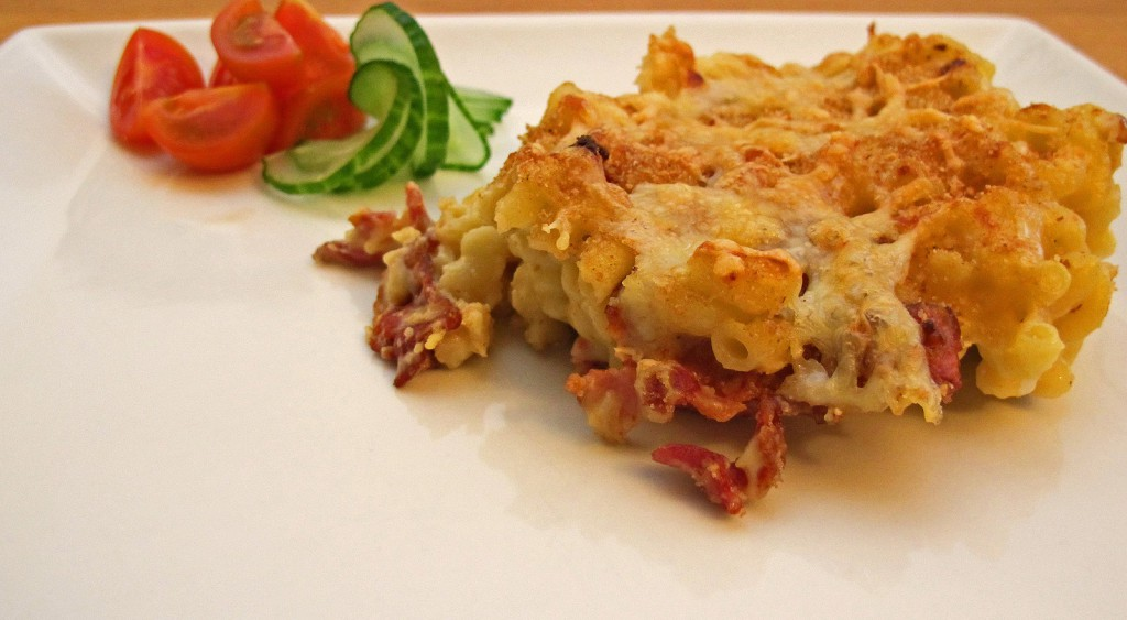 Macaroni gratin French inspired