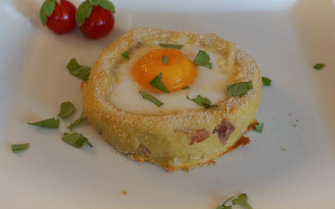 Egg på potetmosseng